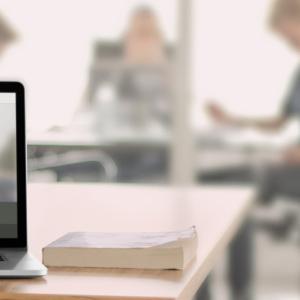 Mit MeinHotspot erhalten Sie eine robuste WLAN-Lösung für Ihr Business. Jeder MeinHotspot sendet zwei Netze aus: ein Gäste-WLAN und ein WLAN für den internen Gebrauch.